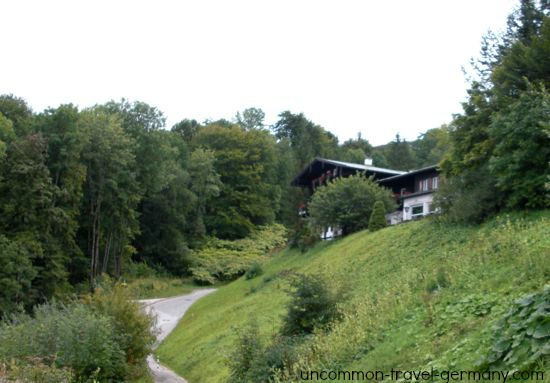 view of hotel zum turken, berghof driveway now