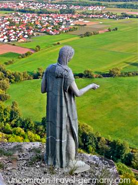 mystery woman statue, hammelburg