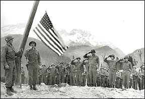 3rd Infantry with US flag, occupation of Obersalzberg 1945