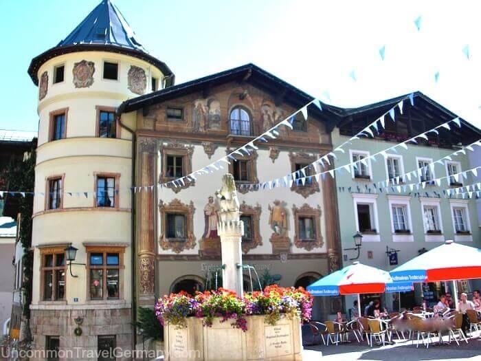 Berchtesgarden Markt with fountain