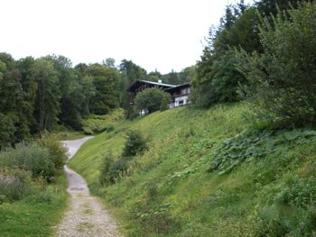 View of Hotel zum Turken from Berghof driveway