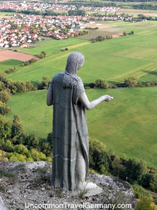 Mysterious statue of woman outside Hammelburg