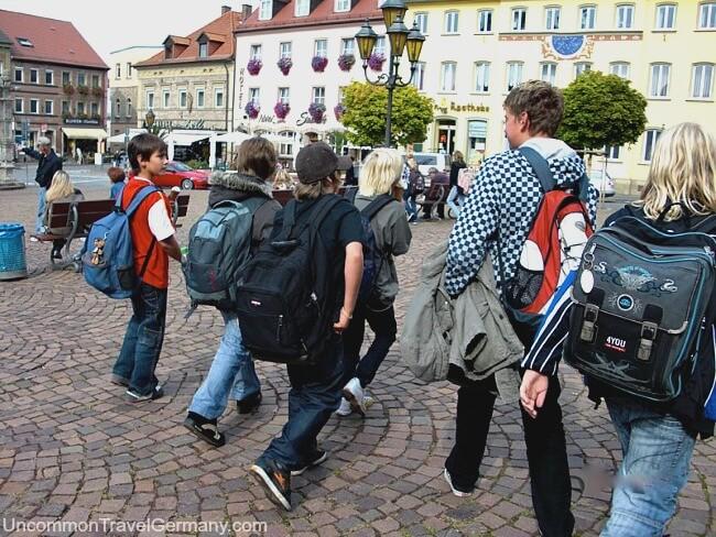 Schoolchildren on the Markt in Hammelburg