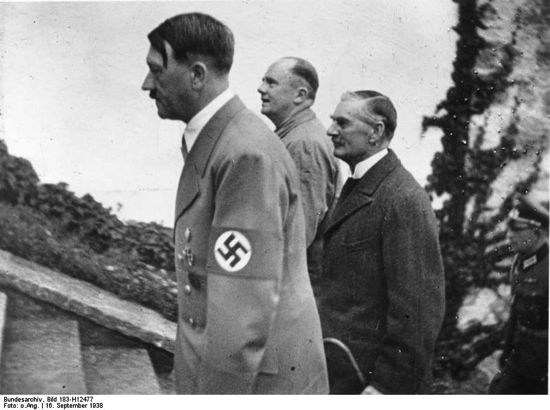 Hitler walking with Neville Chamberlain up the Berghof steps