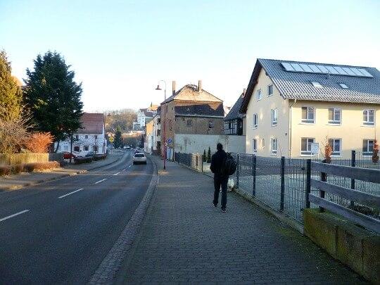 Man walking into Colditz from Sportplatz bus stop