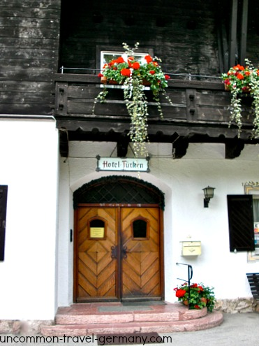 Entrance to Hotel zum Turken